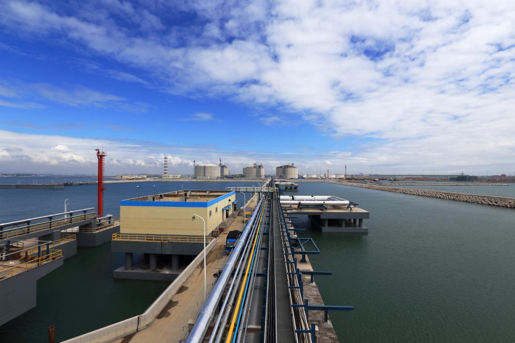 中国石化青岛接收站累计接卸400船LNG-《国资报告》杂志